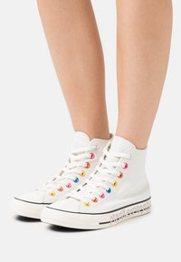 Converse - CHUCK TAYLOR ALL STAR MY STORY - Baskets montantes - egret/hyper pink/black - 0