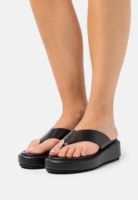Minelli - T-bar sandals - noir - 0