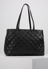 Valentino by Mario Valentino - OCARINA - Håndtasker - black - 1