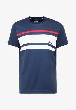 TREY - Printtipaita - peacoat blue / white / fila red