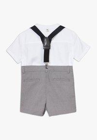 River Island - GREY CHECK SUIT - Shorts - grey - 1