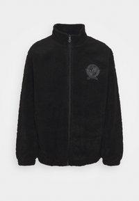 COLLEGIATE CREST TEDDY TRACK JACKET - Lehká bunda - black