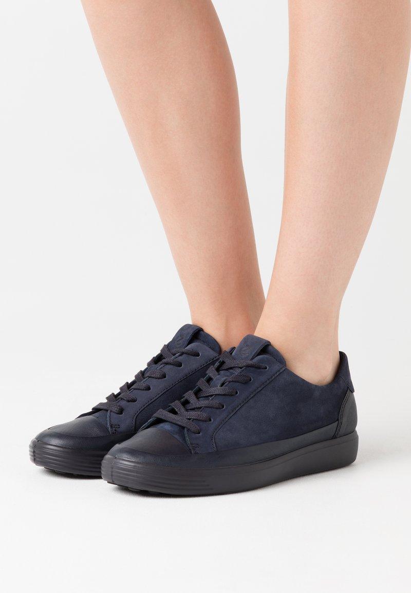 ECCO - SOFT 7 - Sneakersy niskie - blue