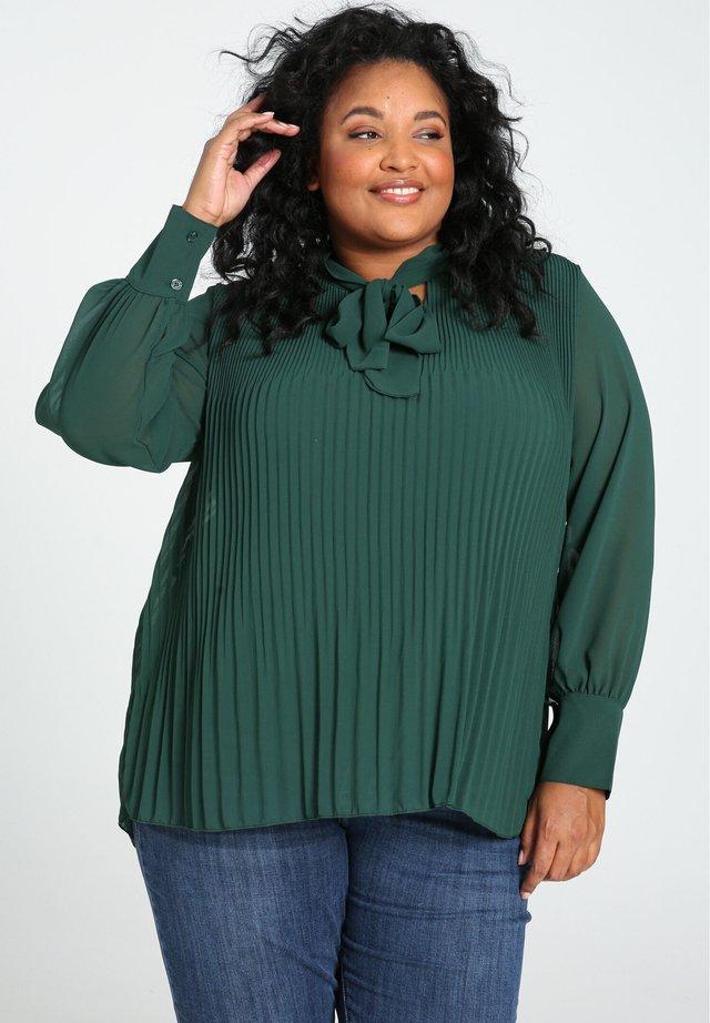 MIT SCHLUPPENKRAGEN - Långärmad tröja - green