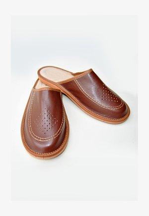 Muiltjes - bourbon brown