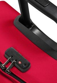 Eastpak - TRANVERZ - Wheeled suitcase - sailor red - 3