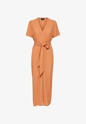 SLFREBEKKA-DYNELLA DRESS - Maxi dress - caramel