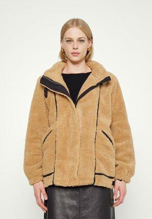 Winter jacket - camel/black