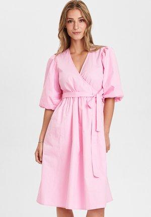 NUBETTIA DRESS - Day dress - begonia pink