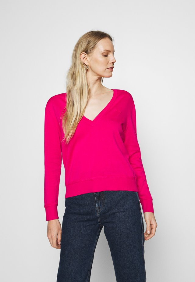 LIGHT VNECK - Pullover - rich pink