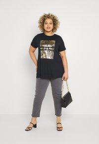 Simply Be - WILD AND FREE FOIL PRINT - Print T-shirt - black - 1