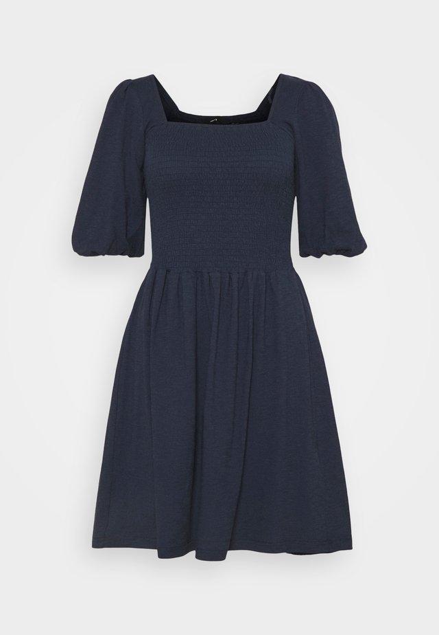 VMALINA SHORT SMOCK DRESS - Sukienka z dżerseju - navy blazer