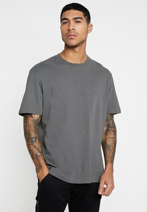 MUSICA - Basic T-shirt - clover grey