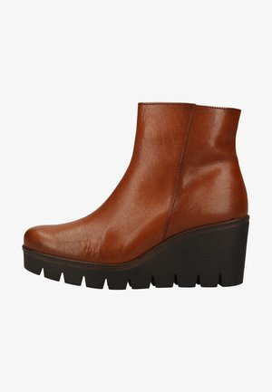 Wedge Ankle Boots - whisky