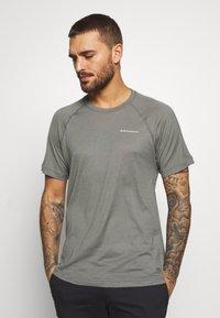 Black Diamond - RHYTHM TEE - Print T-shirt - nickel - 0