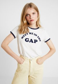 GAP - MEET ME TEE - Print T-shirt - carls stone - 0