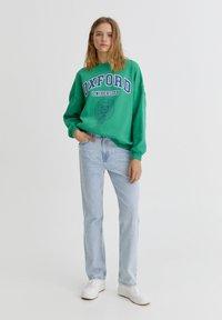 PULL&BEAR - OXFORD - Sweatshirt - green - 1