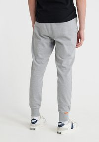 Superdry - COLLECTIVE - Tracksuit bottoms - grey marl - 2