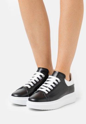 GALA - Sneakers laag - nero/bianco