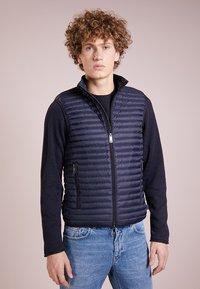 Emporio Armani - WAISTCOAT - Waistcoat - blue - 0
