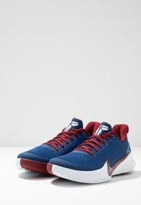 Nike Performance - MAMBA FOCUS - Basketball shoes - coastal blue/team red/white - 2