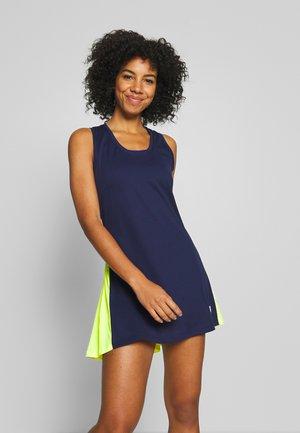 TESS DRESS - Žerzejové šaty - peacoat