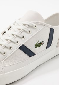 Lacoste - SIDELINE - Sneakers - offwhite/navy/red - 5