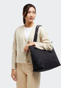 Kipling - ERA M - Tote bag - rich black - 0