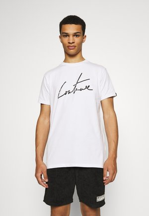 TCC X ELLESSE MENS SLIM FIT FRONT AND BACK PRINT - T-shirts med print - white
