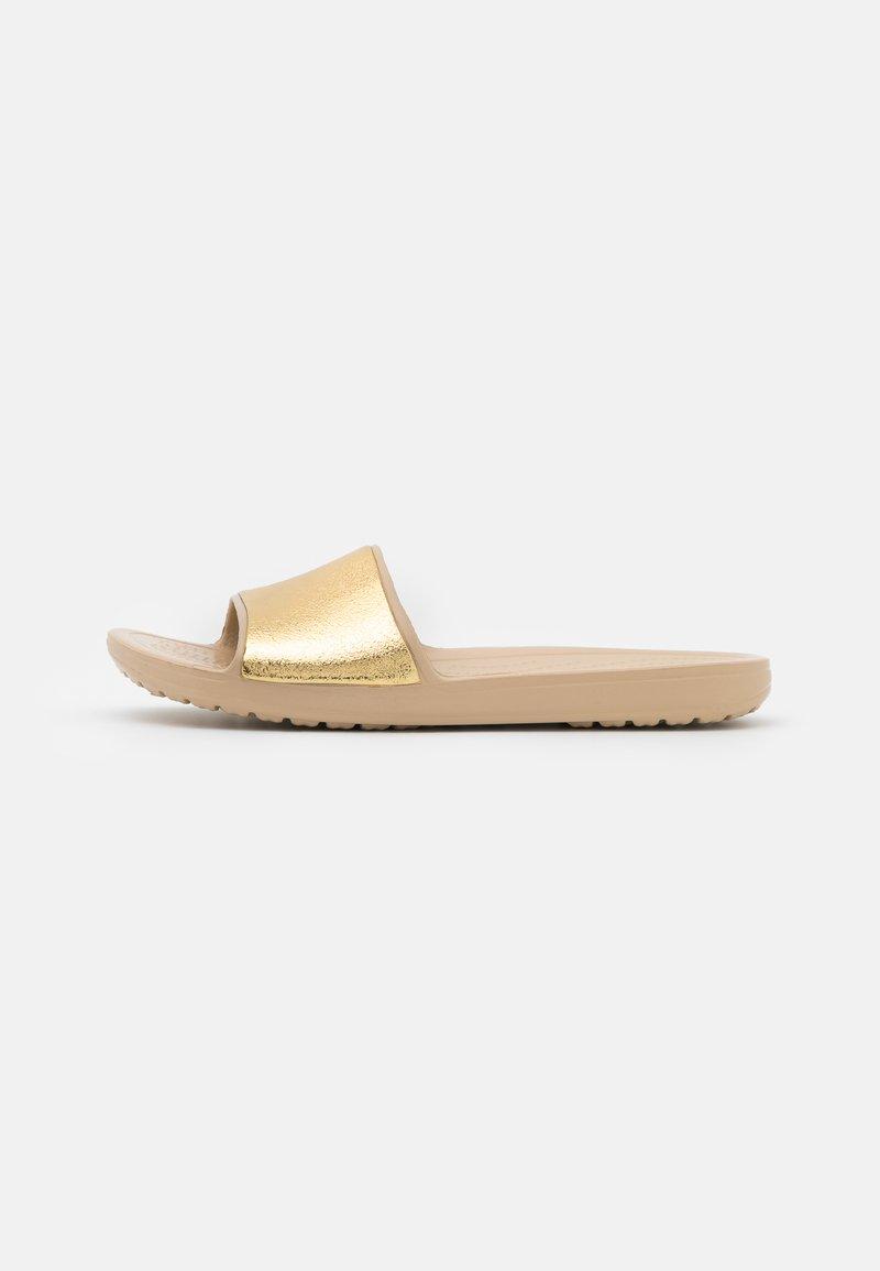 Crocs - SLOANE SHINE LOW SLIDE  - Mules - chai