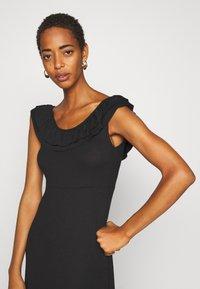 ONLY Tall - ONLFIESTA DRESS - Žerzejové šaty - black - 3