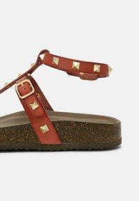 Madden Girl - BARNABY - T-bar sandals - light cognac - 7