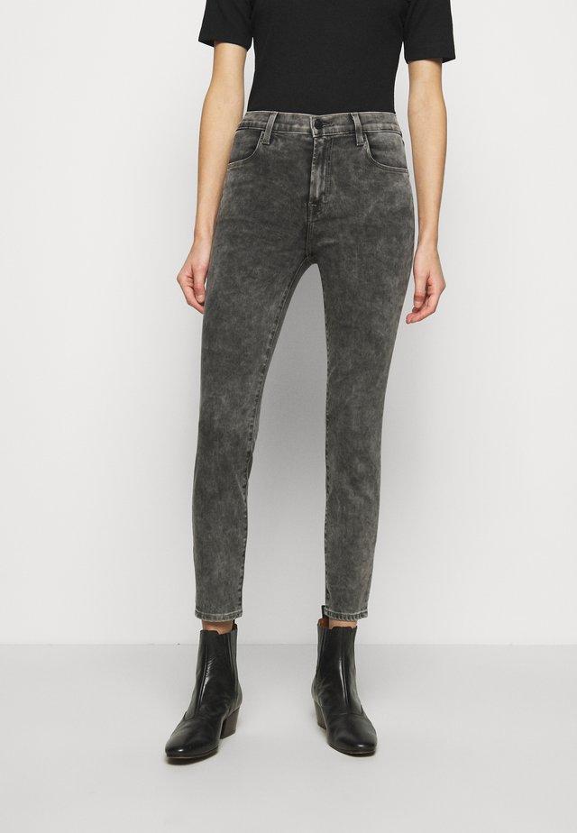 ALANA HIGH RISE CROP SKINNY - Jeans Skinny Fit - radical