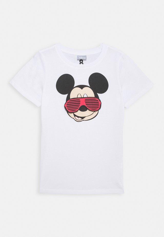 DISNEY MICKEY SHORT SLEEVE LICENSE TEE - T-shirts med print - white