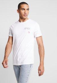 Jack & Jones - JCOAPEX TEE CREW NECK - T-Shirt print - white - 2