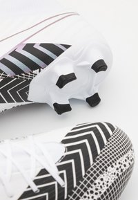 Nike Performance - MERCURIAL 7 ACADEMY MDS FG/MG - Moulded stud football boots - white/black - 5