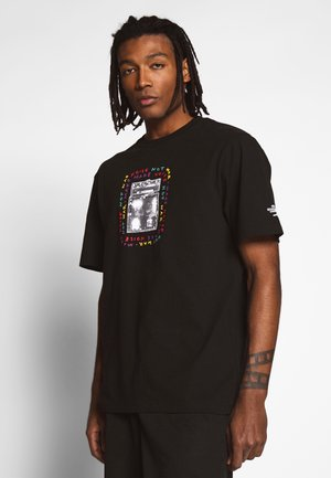AMPING BXY SS - Camiseta estampada - black