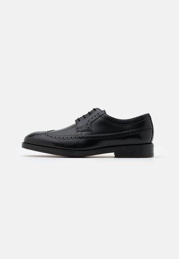 OLIVER WING - Smart lace-ups - black