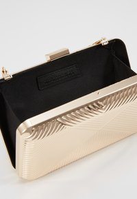 Glamorous - CAO - Clutch - gold-coloured - 4