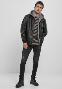 Urban Classics - MÄNNER - Faux leather jacket - black/grey - 1
