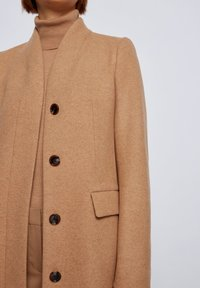 BOSS - Manteau classique - light brown - 3