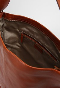Vagabond - STOCKHOLM - Shopping Bag - cognac - 5