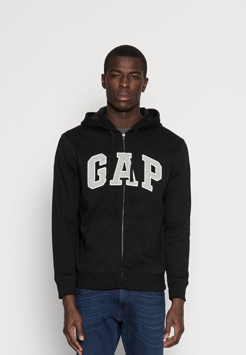 GAP - ARCH - Zip-up sweatshirt - true black