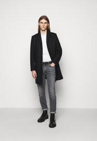 Won Hundred - DEAN - Slim fit jeans - clean black - 1