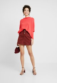 Gerry Weber - PULLOVER ARM - Stickad tröja - rouge red - 1