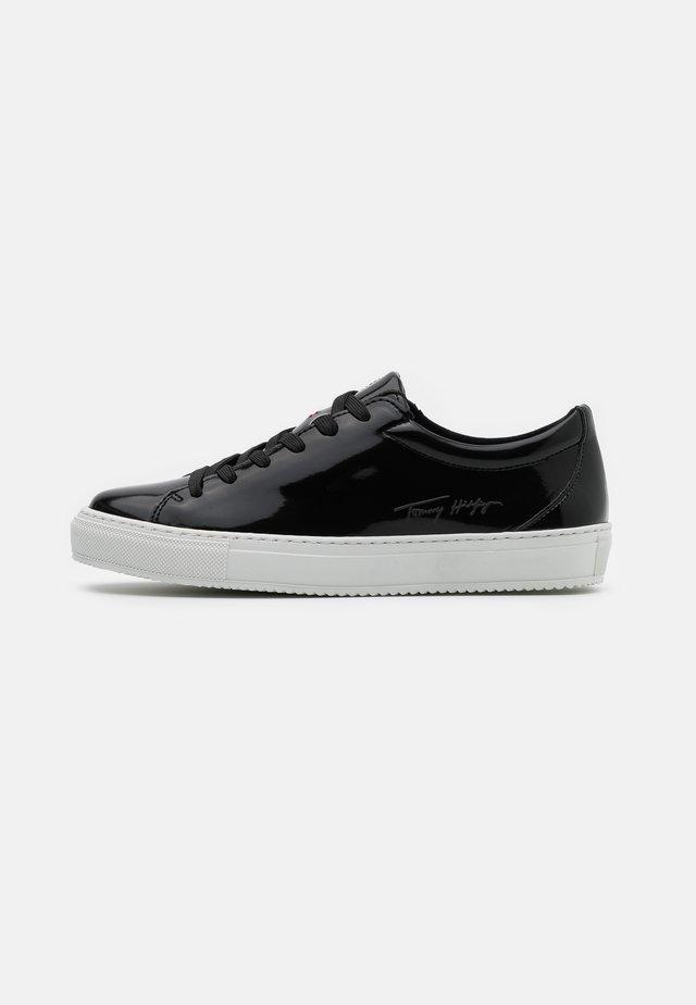 ZERO WASTE CUPSOLE - Sneakers laag - black