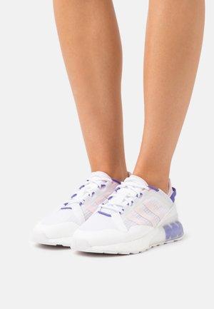 ZX 2K BOOST PURE  - Trainers - footwear white/clear pink/purple