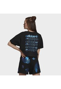 adidas Originals - LARGE LOGO T-SHIRT - T-shirt imprimé - black - 1