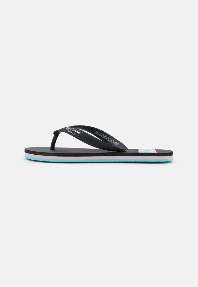 BAY BEACH WOMAN - Sandalias de dedo - black