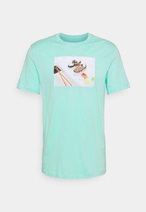 TEE FOOD SHOESHI - T-shirt med print - tropical twist